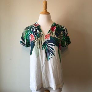 EUC-OLD NAVY Tropical Printed Short Sleeved Top- S